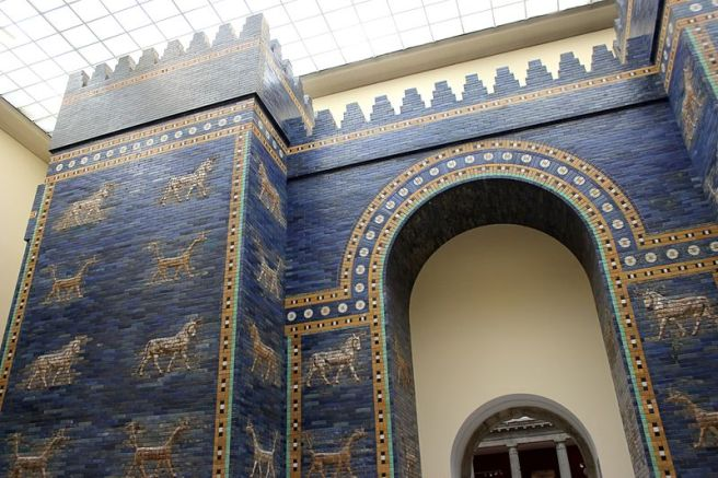 Ishtar Gate, 6th Century BCE, Pergamon Museum, Berlin (Image via Wikipedia. Photo credit: Miguel Hermoso Cuesta)